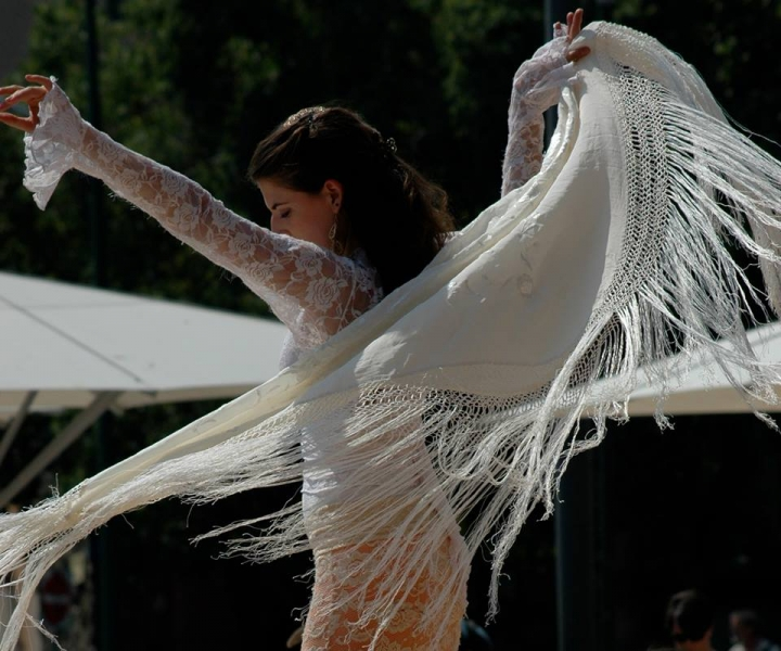 Ventanas (shawl) - photo credit: Amity Skala