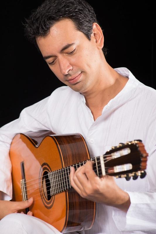 Noon Hour Show: Flamenco Guitarist (Josué Tacoronte)