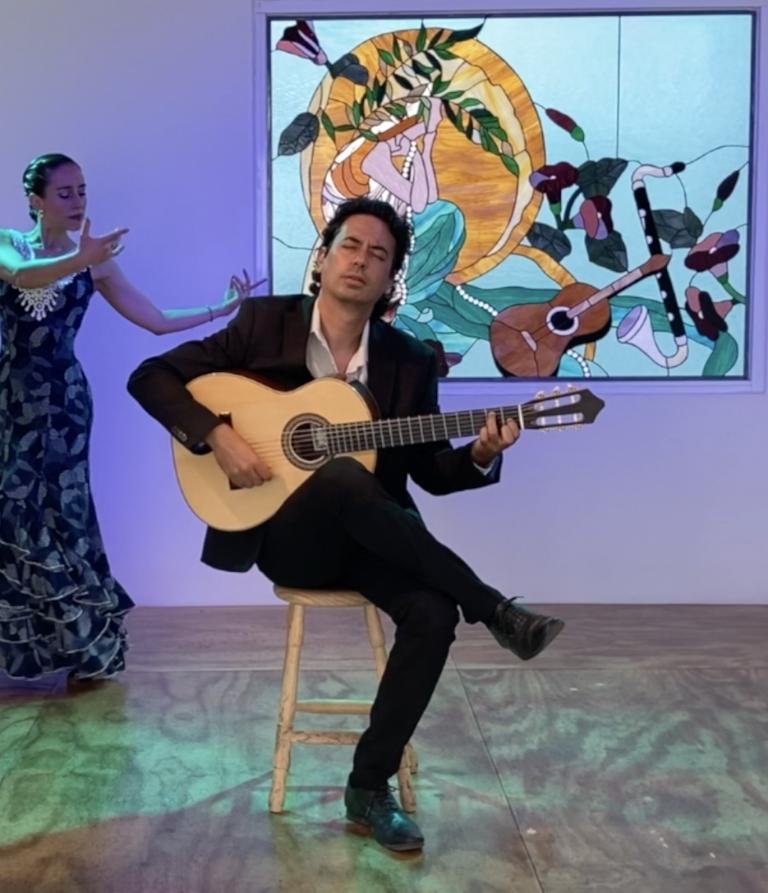 Classic vs Flamenco